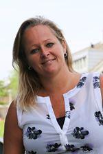 Nancy Rutten (Real estate agent assistant)