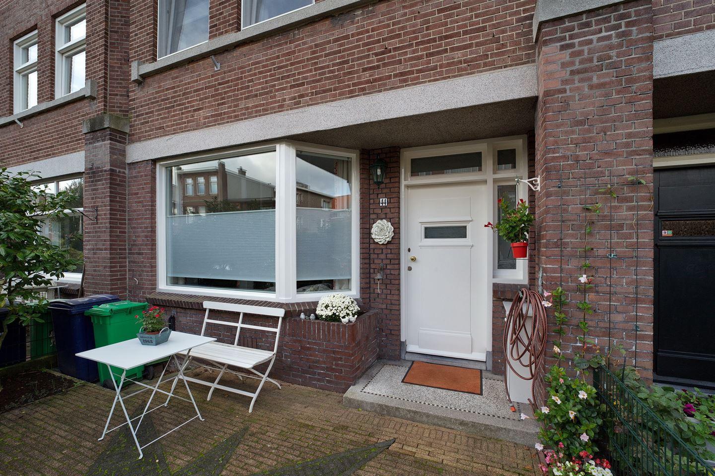 Bekijk foto 2 van Van der Woertstraat 44