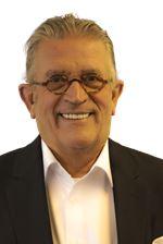 Harold Pullen (Directeur)