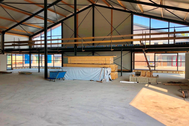 Bekijk foto 5 van Nieuwe Rijksweg 68 S-T