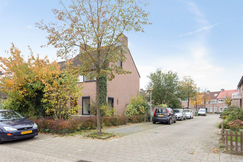 Bekijk foto 6 van Belforthof 18