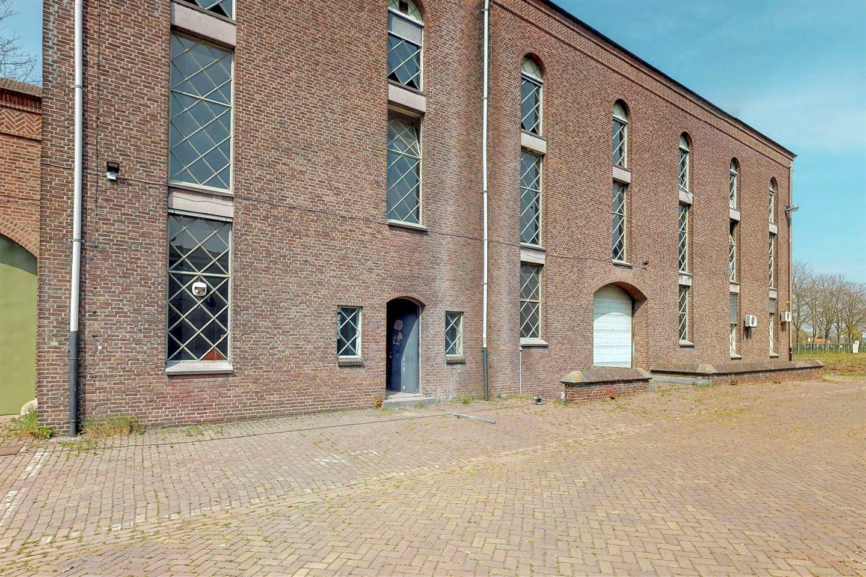 Bekijk foto 2 van Centraleweg 14 3*