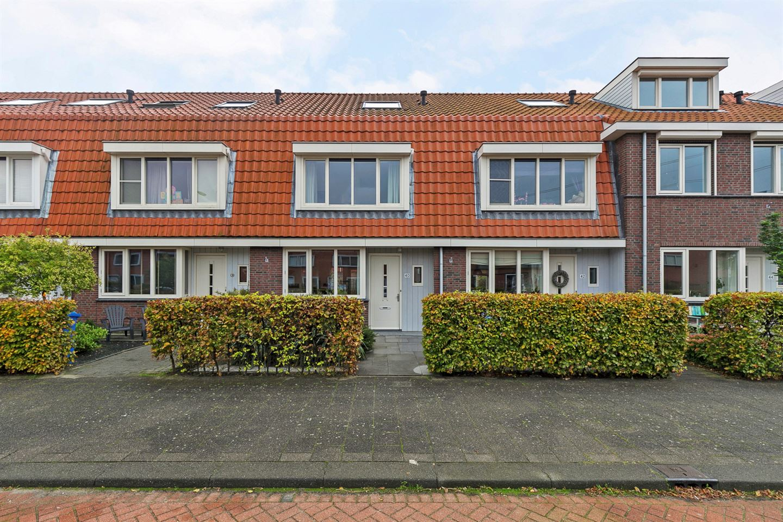 Bekijk foto 2 van Maurice de Vlaminckstraat 40