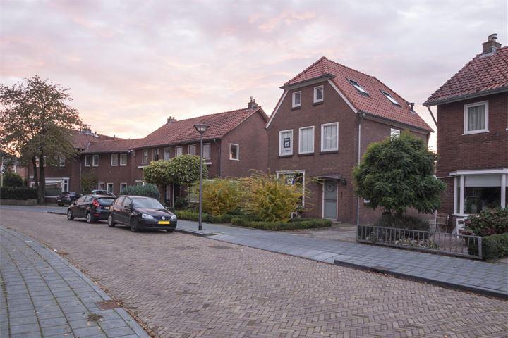 Mr. Hillebrand Tuttelstraat 9