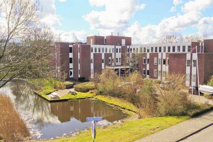 Schweitzerlaan 2, Groningen