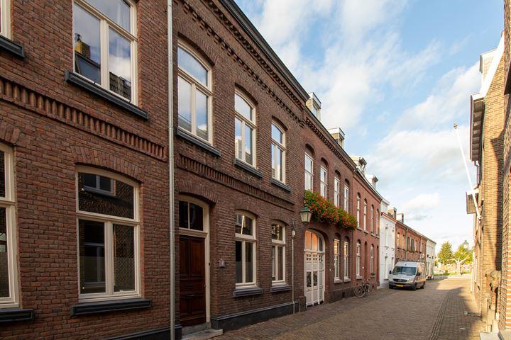 Begijnenhofstraat 14
