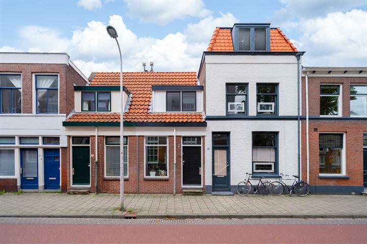 Van Karnebeekstraat 38