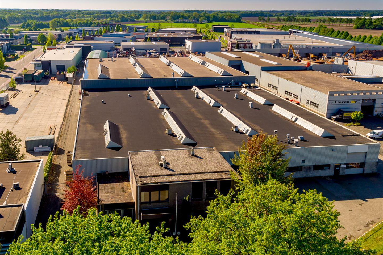 Bekijk foto 2 van Industrieweg 107