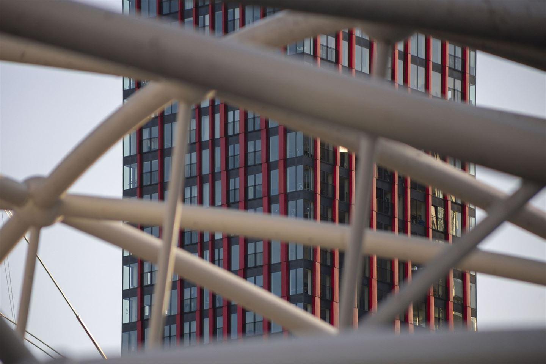 Bekijk foto 2 van Wijnbrugstraat 60