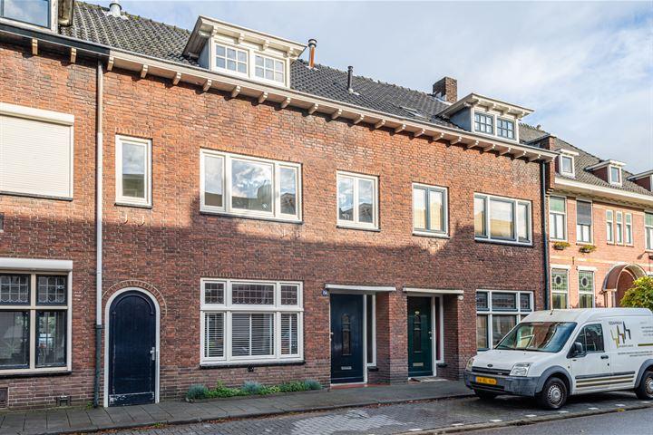 Hoefstraat 254