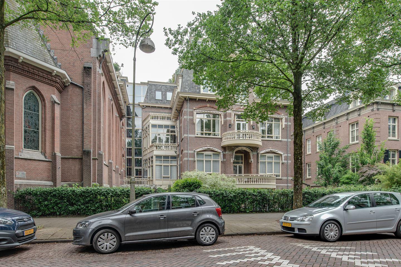 Bekijk foto 2 van Van Eeghenstraat 184