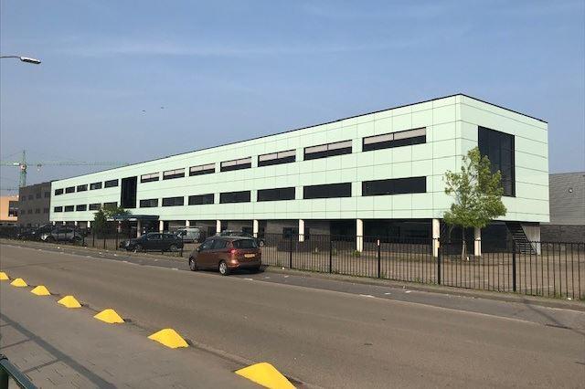 Luchthavenweg 10, Eindhoven