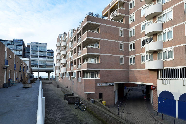 Bekijk foto 4 van Gevers Deynootplein 161