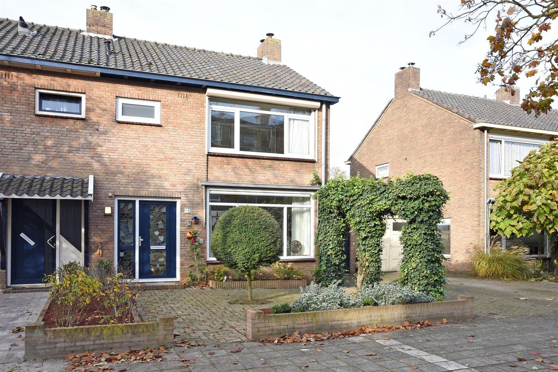 View photo 2 of Tijgerstraat 10