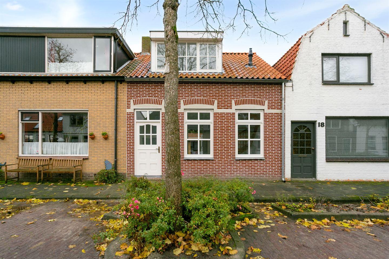 Bekijk foto 3 van Dorpsstraat 20