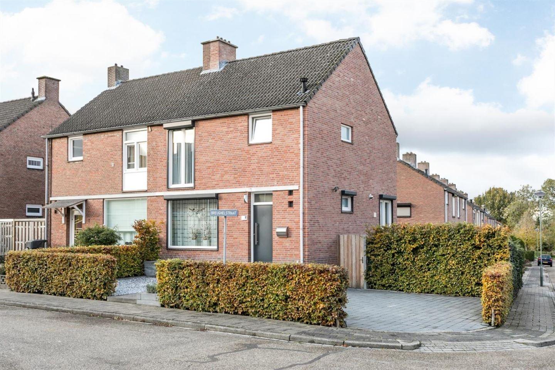 View photo 1 of Brueghelstraat 2