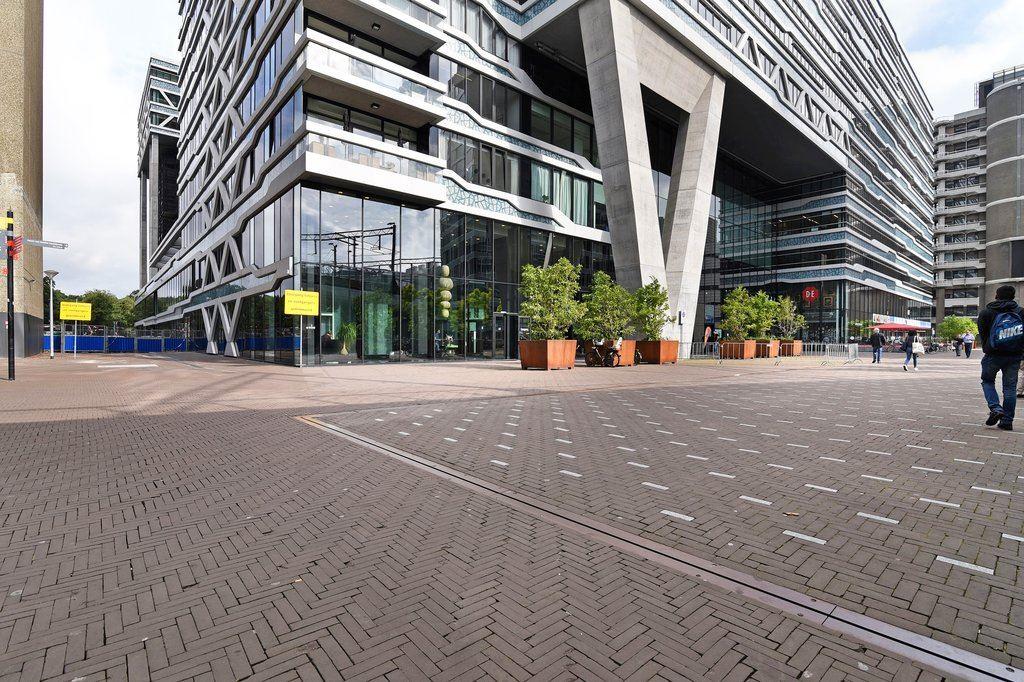 Bekijk foto 3 van Anna van Buerenplein 166