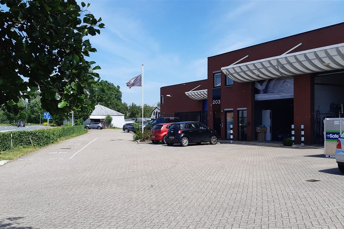 Bekijk foto 1 van Fokkerweg 207