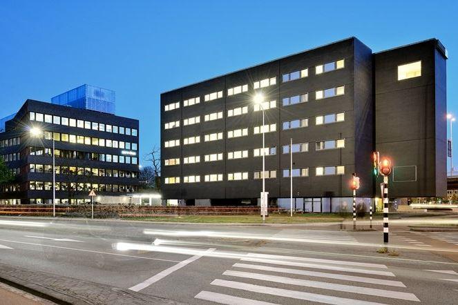 Bekijk foto 3 van Limburglaan 5