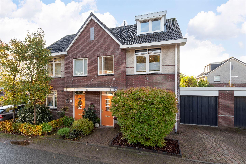 Bekijk foto 1 van Oranjestraat 1 B