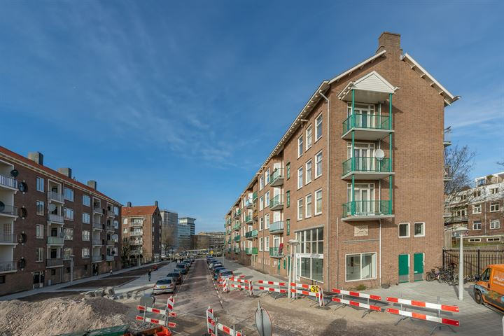 Robert Scottstraat 36