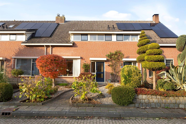 View photo 1 of Geerhofstraat 34