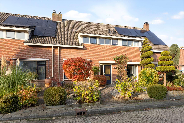 View photo 2 of Geerhofstraat 34