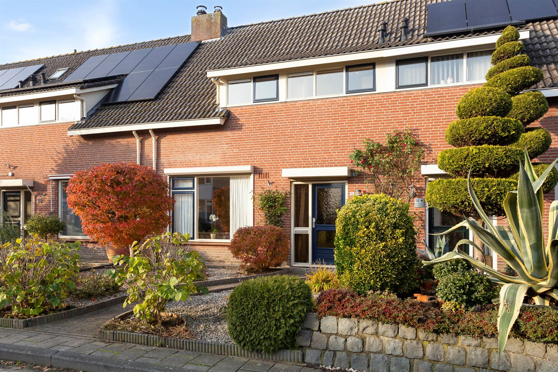 View photo 3 of Geerhofstraat 34