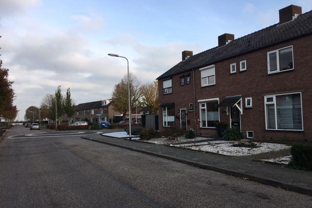 Bekijk foto 3 van Huchtstraat 56