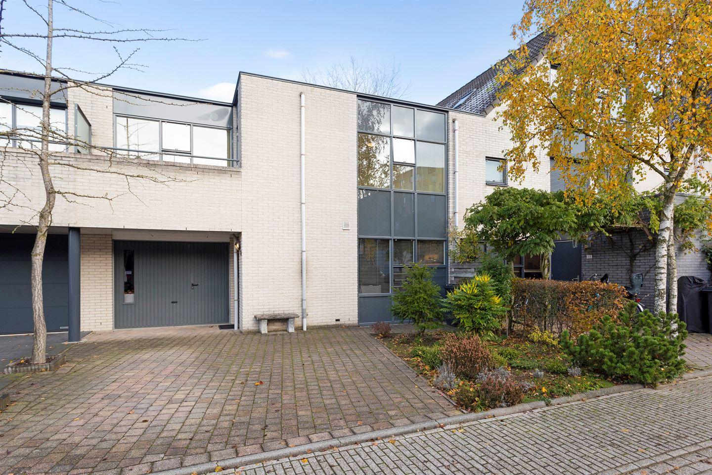 Bekijk foto 1 van Majoor Landzaatweg 53