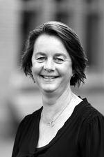 Myra van Vliet  - Commercieel medewerker
