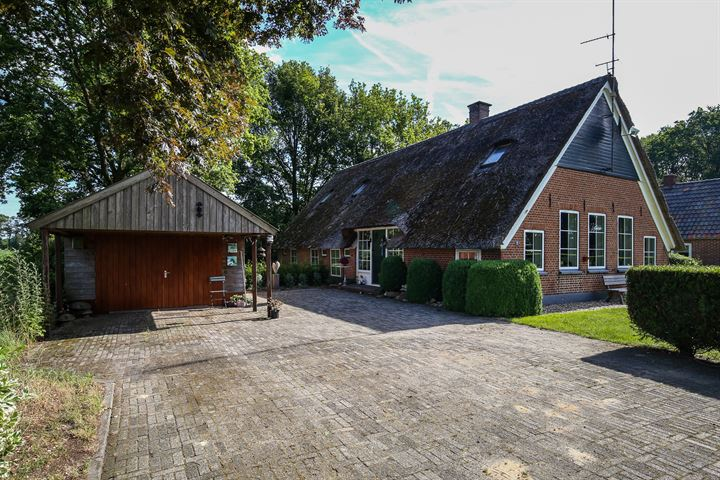 Westeindigerdijk 2-4, Loozen