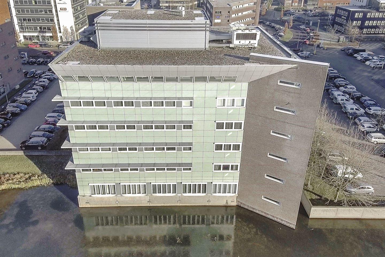 Bekijk foto 2 van Mr E.N. van Kleffensstraat 6