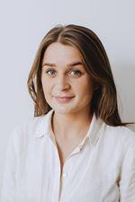 Kaylee Römer - Makelaar