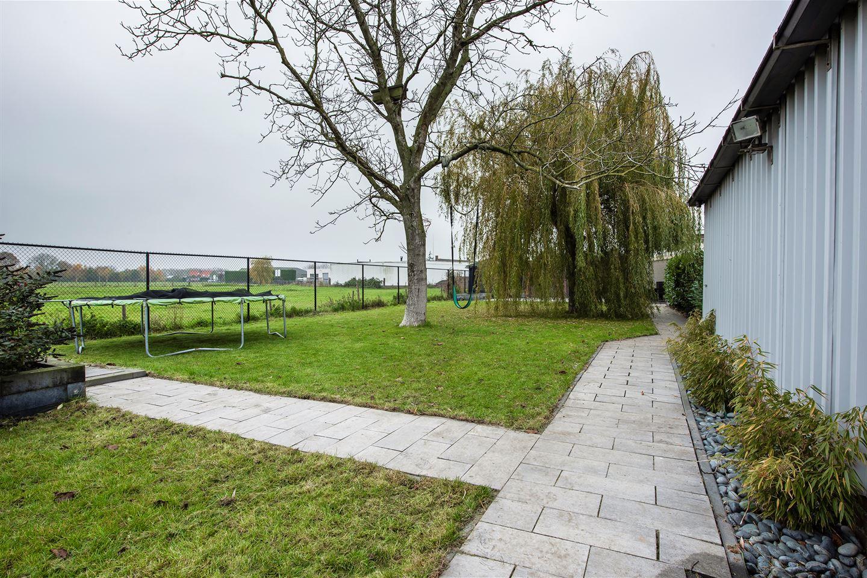 Bekijk foto 3 van Roosendaalseweg 141
