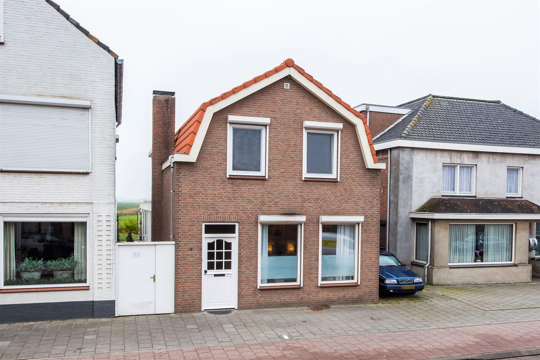 Bekijk foto 1 van Roosendaalseweg 141