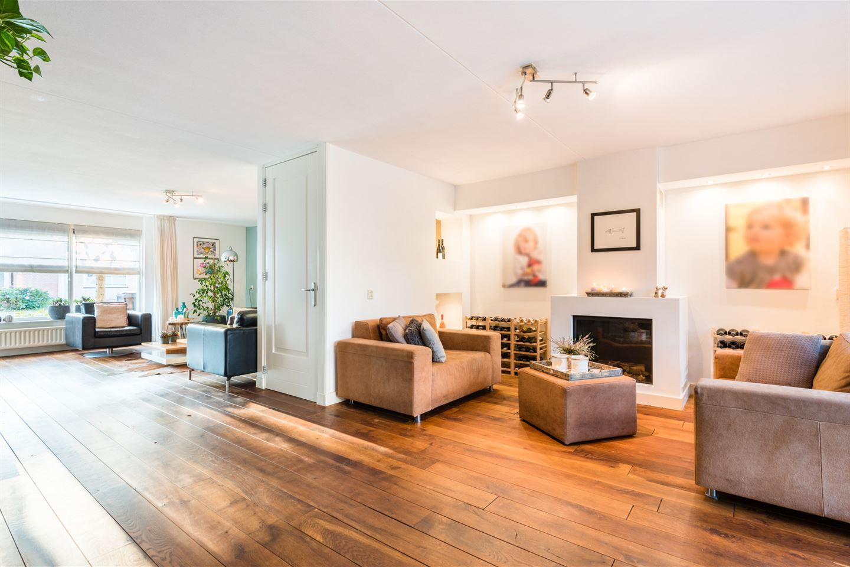 Bekijk foto 2 van Nistelrodestraat 46