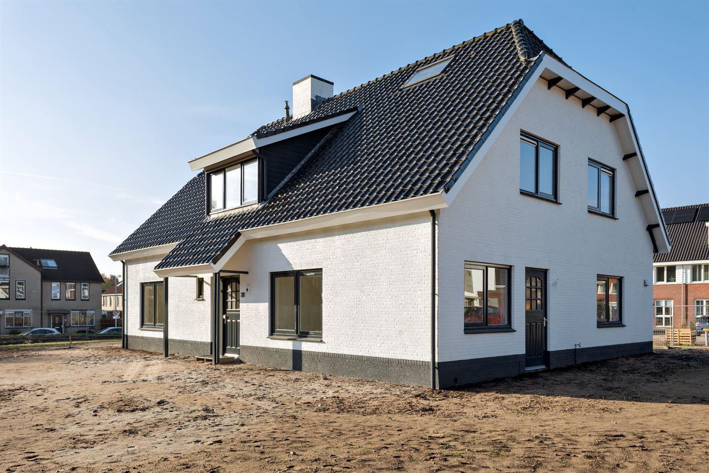 Bekijk foto 1 van Hubertweg 31