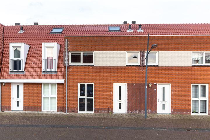 M. Kropholler-Staalstraat 5