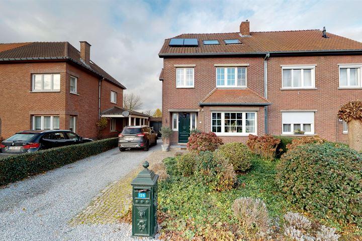 Maastrichtersteenweg 125 3770 Riemst België