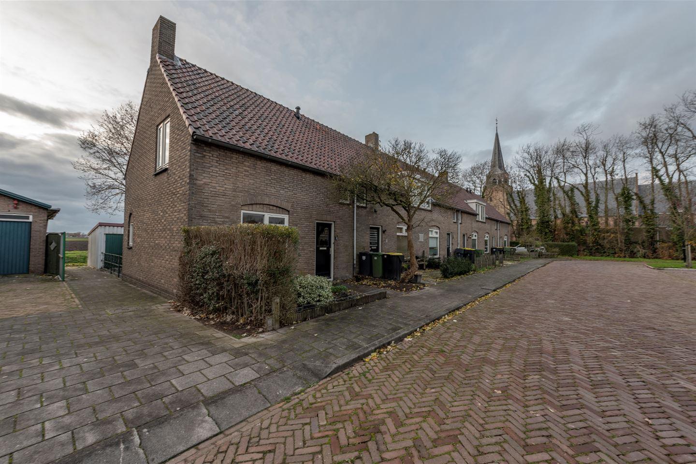 Bekijk foto 1 van Hofplein 12