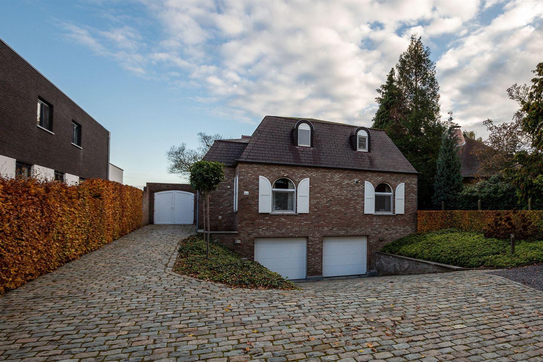 Bekijk foto 2 van Sint Jansberg 44, 3680 Maaseik (België)