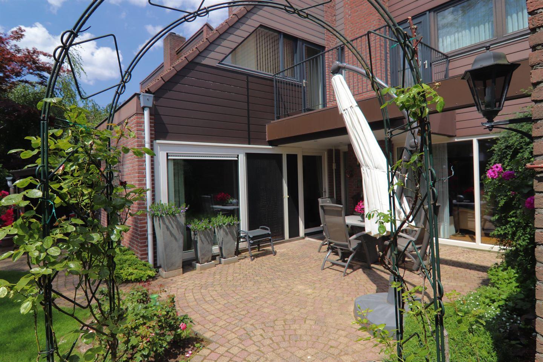 View photo 2 of Vijverlaan 58