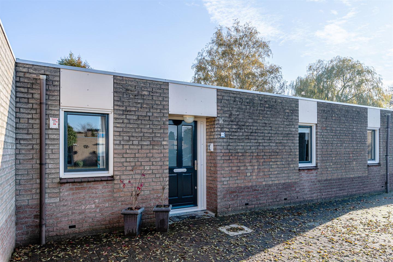 Bekijk foto 1 van Wickenburg 44