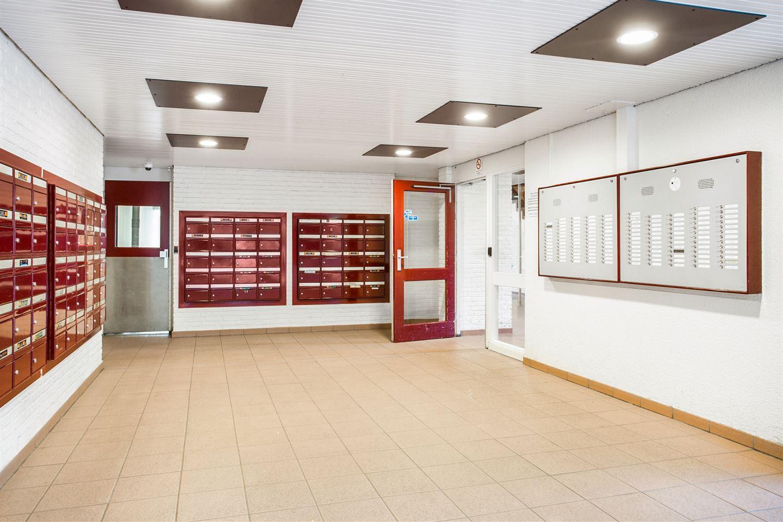 View photo 5 of Heiloostraat 235