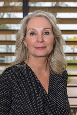 Marijke Daling (Real estate agent assistant)