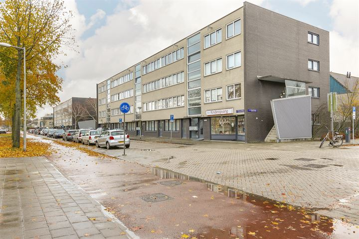 J.M. den Uylstraat 103