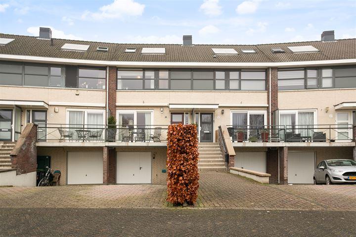 C. van Holthestraat 6