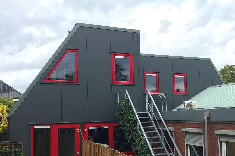 View photo 1 of Kerkstraat 32
