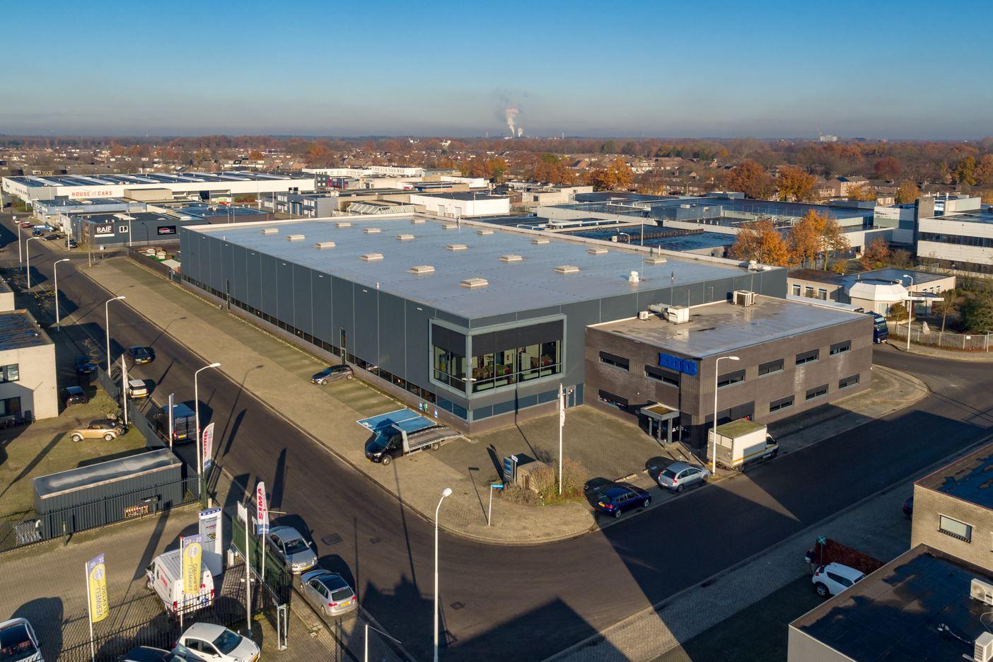 Bekijk foto 1 van Industrieweg 15